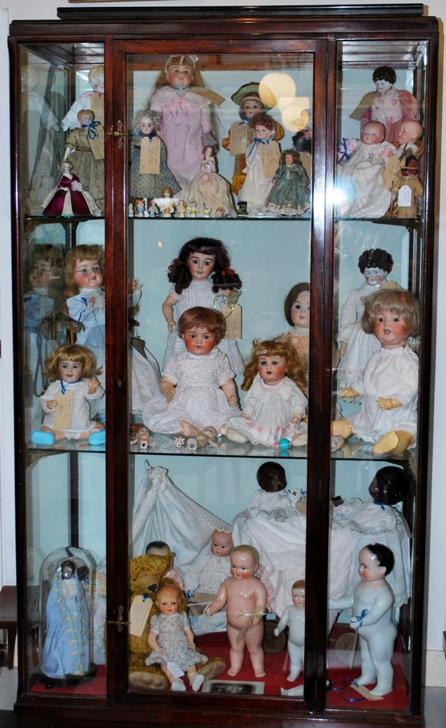 Deel van onze collectie antieke poppen