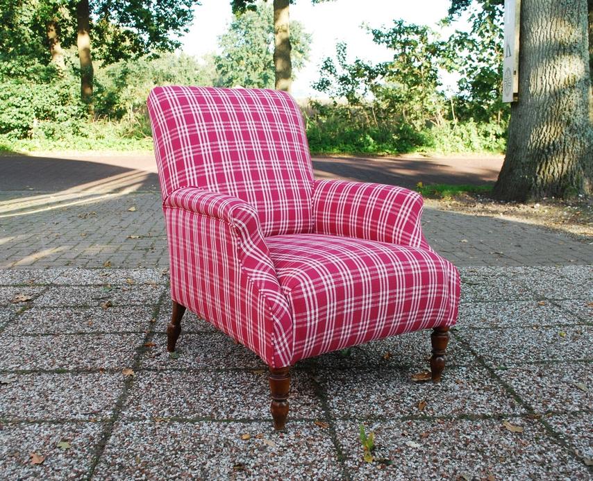 Antieke fauteuil nieuwe stoffering Chivasso - Antiekboerderij Het Wagenwiel (1)