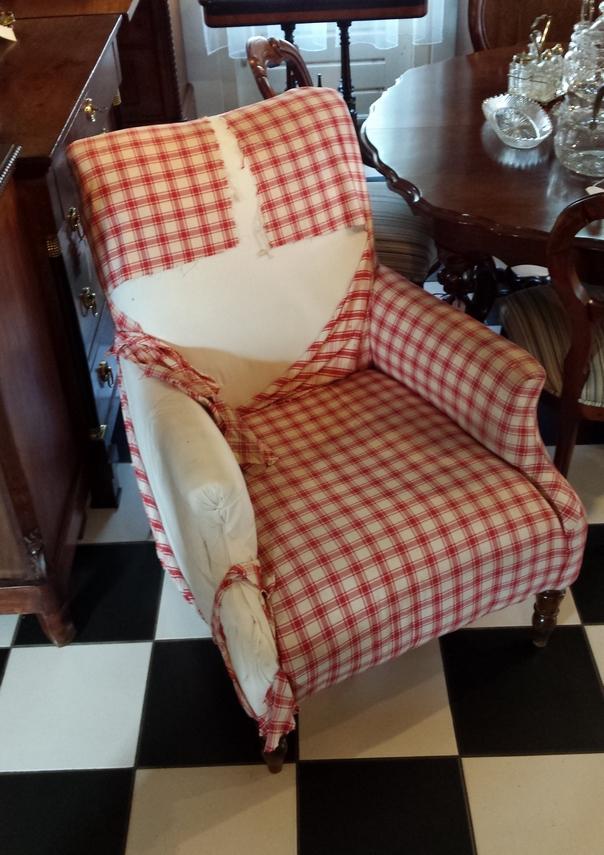 Antieke fauteuil oude stoffering - Antiekboerderij Het Wagenwiel (2)