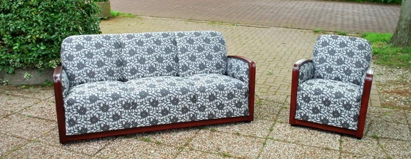 Jaren 50 zithoek, nieuw gestoffeerd met Backhausen meubelstof - Antiekboerderij Het Wagenwiel (1)