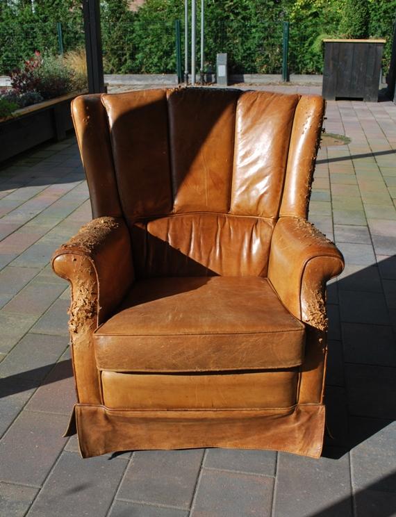 Lederen fauteuil oude stoffering (2)
