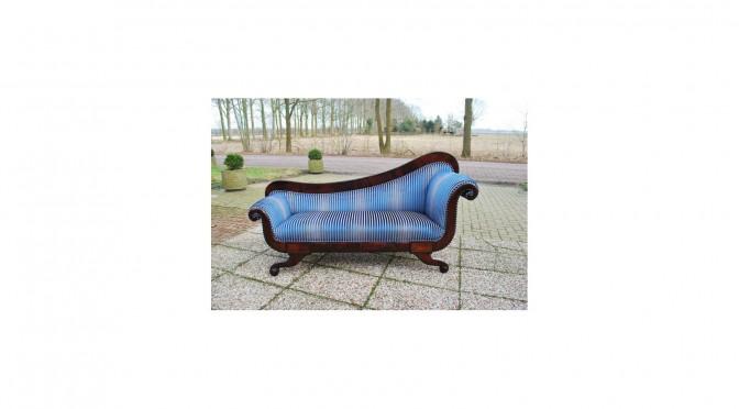 VERKOCHT Antieke méridienne / chaise longue, Hollands ca 1840, mahonie, nieuw gestoffeerd