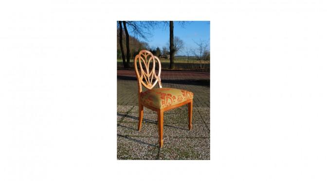 1 Hepplewhite stoel, mahoniehout, stijl van de 18e eeuw maar gemaakt in 20e eeuw, nieuw bekleed