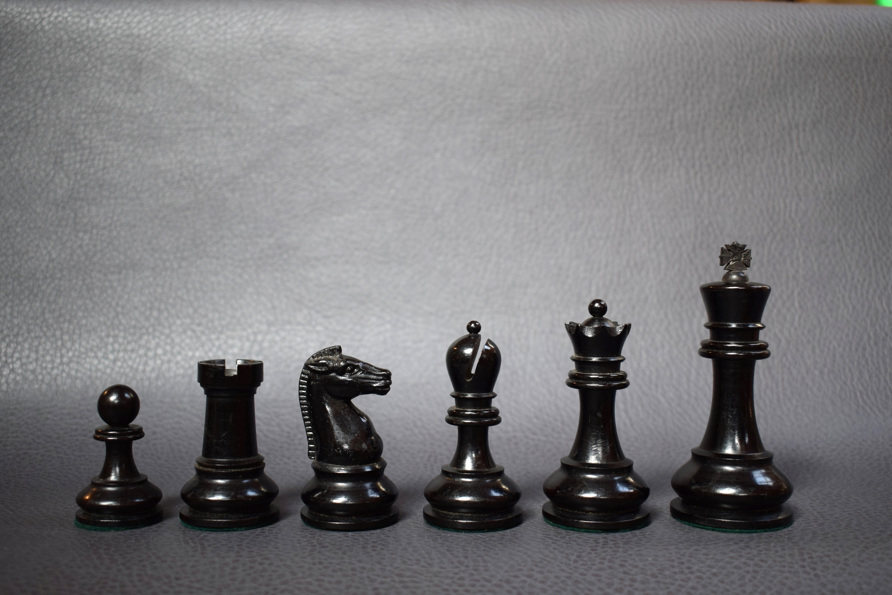 BCC British Chess Company weighted Staunton chess set 4inch - Dorland Chess 2