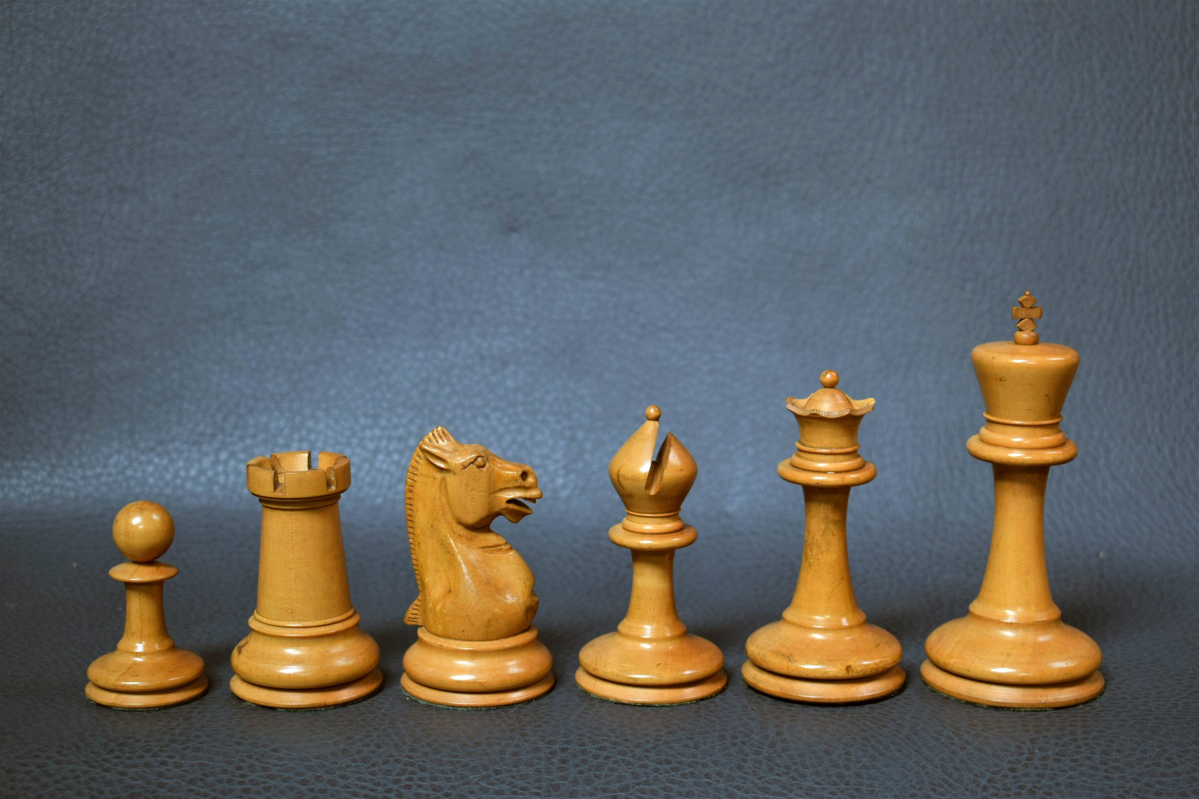 391 Antique Staunton chess set weighted 110mm approx 1880 - Antiekboerderij Het Wagenwiel 1