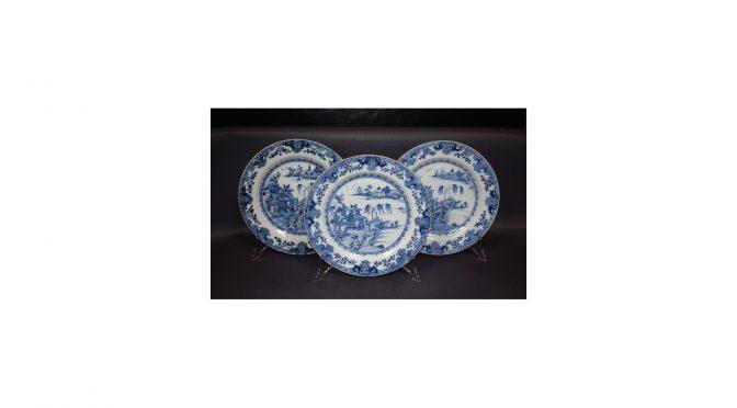 Antiek Chinees porselein, 3 borden, Qianlong periode 2e helft 18e eeuw