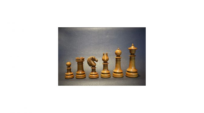 393 - Northern Upright, 5 inch, England, mid 19th century, ebony and boxwood - Dorland Chess (10a)