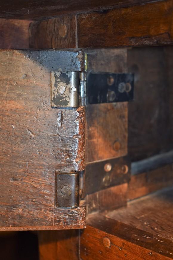 Antieke-betaaltafel-eiken-18e-eeuw-Antiekboerderij-Het-Wagenwiel-10