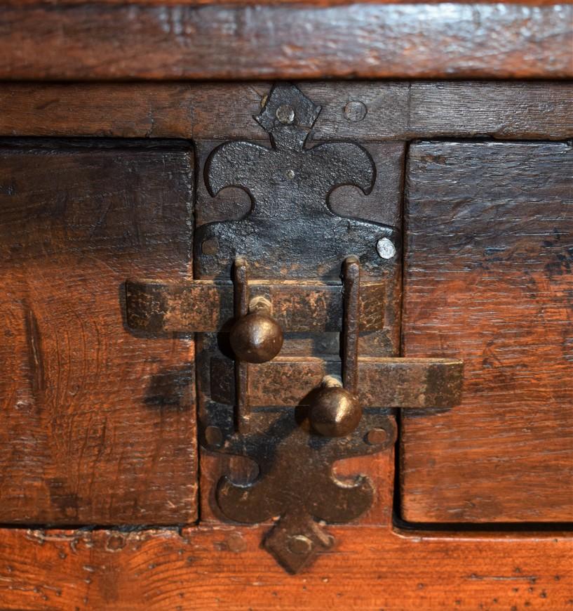 Antieke-betaaltafel-eiken-18e-eeuw-Antiekboerderij-Het-Wagenwiel-12
